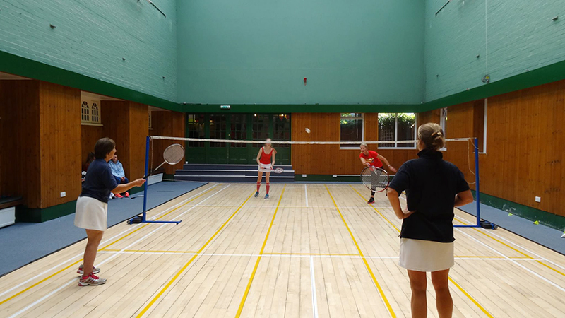 seacourt-tennis-club-badminton